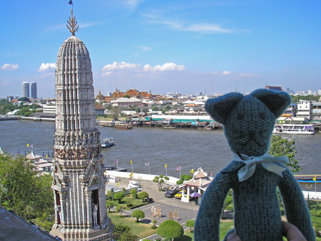 Erwinwatarun_enjoying_the_view